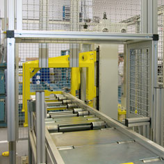 Protective housing of a TS 5 conveyor section in the automotive industry.