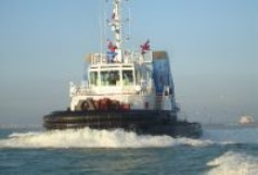 Bow thruster for towboats