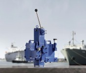 Safe on the high seas: Compact hydraulic manifolds ensure safe performance of winches drive