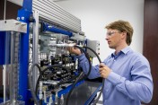 Hydraulics training now offered in Houston at new Rexroth Technology and Service Center